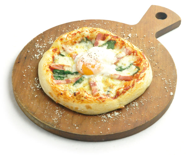 pizza-bacon-egg
