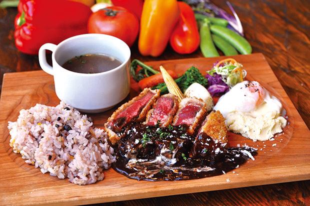 牛ミスジ肉と濃厚ソースの ビフカツプレート
