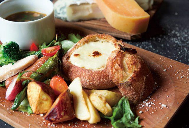 濃厚チーズのパンdeフォンデュプレート